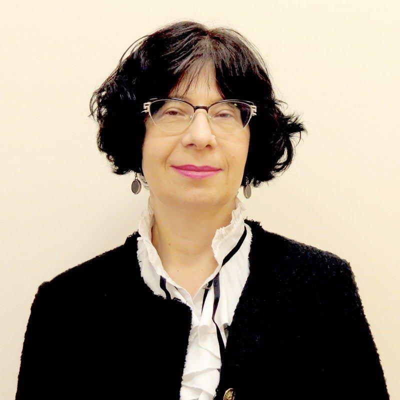 Доктор Юлия Кундель