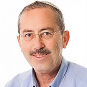 Доктор Акива Тратнер