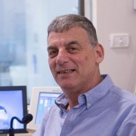 Профессор Давид Грошар